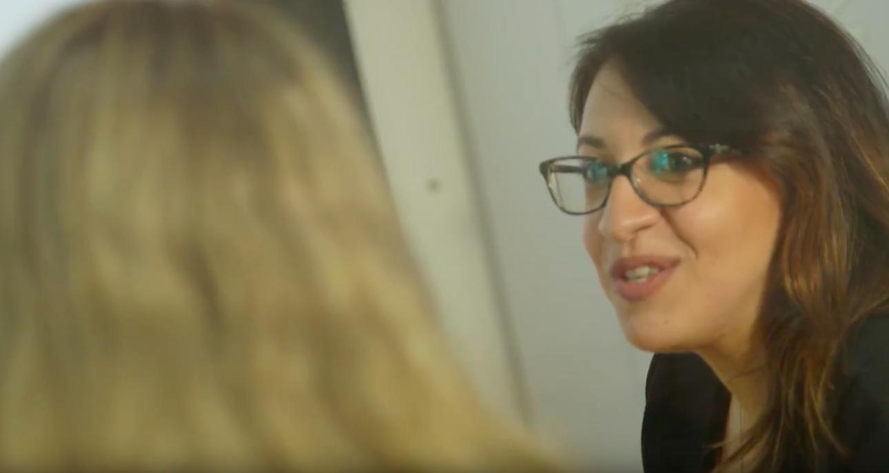 Sara in the Studio - Behind the scenes